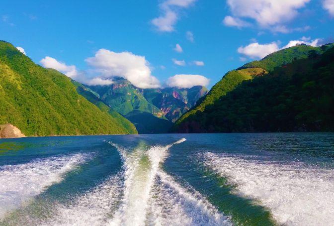 Boat Ride Topocoro Lake